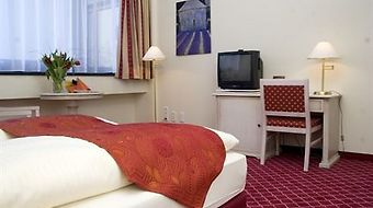 Mercure Hotel Chateau Berlin photos Room Standard Room