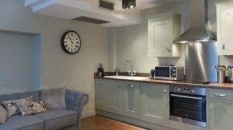 The Lawrance Luxury Serviced Apartments photos Exterior Hotel information
