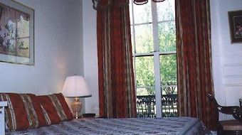 Commonwealth Court Guest House photos Room One Queen Bed