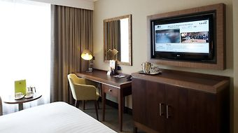 Doubletree By Hilton Hotel London - Victoria photos Room Hotel information