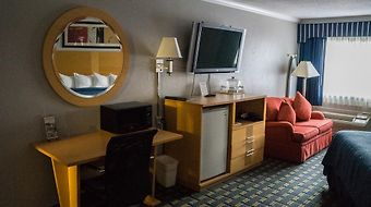 Ambassador Inn And Suites photos Room Hotel information
