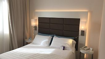 Mercure Bergamo Aeroporto photos Room Hotel information