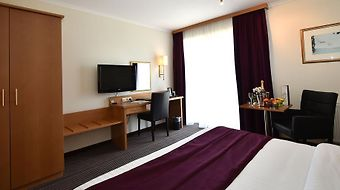Charleroi Airport Hotel photos Room Hotel information