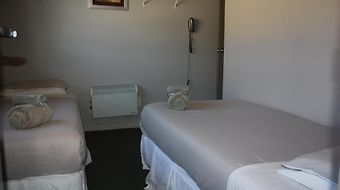 Astro Accommodation Taupo - Motel & Backpackers photos Room