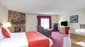 Ramada Pigeon Forge North photos Room Suite
