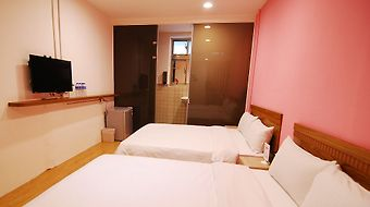 Backpackers Inn Taipei photos Room Standard Quad Room