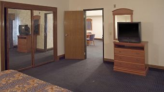 Americas Best Value Inn And Suits Los Angeles photos Room