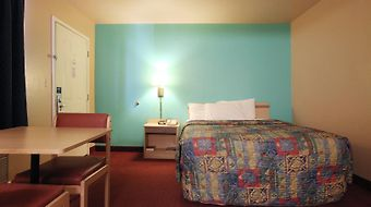 Americas Best Value Inn Show Low photos Room
