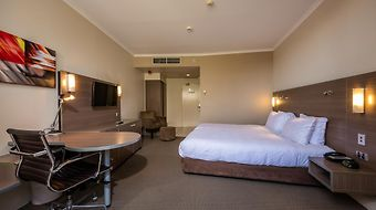Doubletree By Hilton Cairns photos Exterior Hotel information