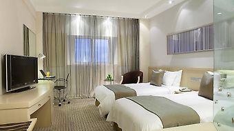 Holiday Inn Downtown Shanghai photos Room