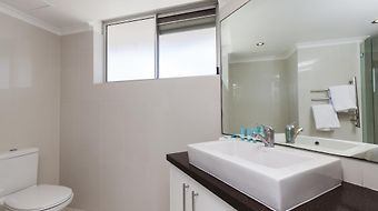 Mint Coolangatta Points North Apartments photos Exterior Hotel information