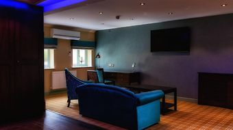 Best Western Plus Rogerthorpe Manor Hotel photos Exterior Hotel information