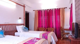Kadambavanam Ethnic Resort photos Room
