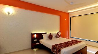The Temple View Hotel, Shirdi photos Room