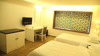 Paravoor Galaxy Hotel photos Room
