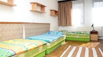 Rozsa Street Guesthouse photos Room