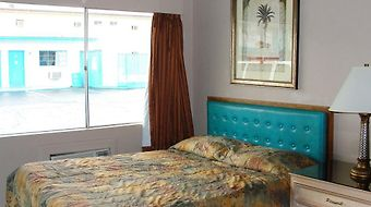 Motel 8 photos Room