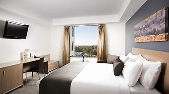 Mantra Tullamarine photos Room Hotel information