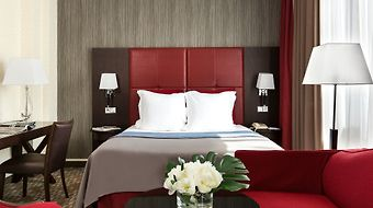 Crowne Plaza Paris Republique photos Room Club Room