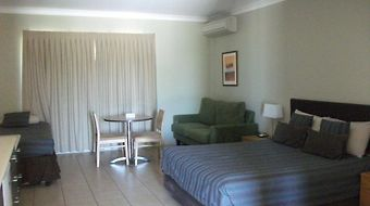 Spinifex Motel photos Room