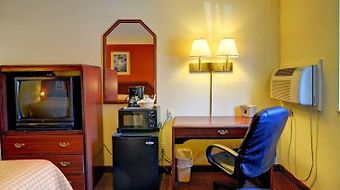 Super 8 Spring Lake/ Fort Bragg photos Room