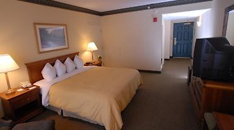 Country Inn & Suites Newark Airport Hotel photos Room Hotel information