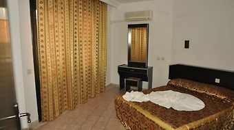 Gold Twins Suit photos Exterior Hotel information