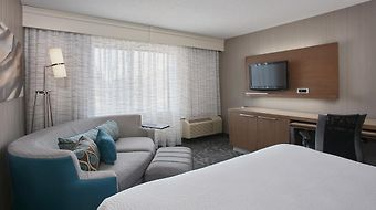 Courtyard By Marriott Pontiac/ Bloomfield photos Exterior Hotel information