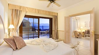 Gran Castillo Tagoro Family & Fun Playa Blanca photos Room Senior Suite