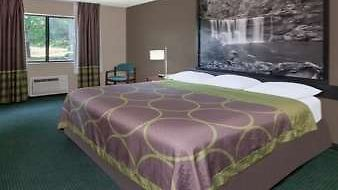 Super 8 Munfordville photos Room 1 King Bed Room