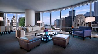 Trump International Hotel & Tower Chicago photos Room Grand Deluxe Suite