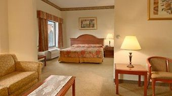 Wingate By Wyndham Arlington Heights photos Room