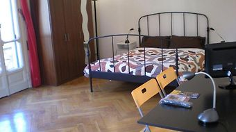B&B Bologna Old Town And Guest House photos Room