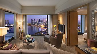 Mandarin Oriental Singapore photos Room Club Marina Bay Suite