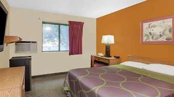 Super 8 Charlotte/Amusement Park Area photos Exterior Hotel information