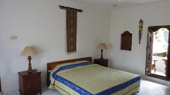 Nuriani Guest House photos Room