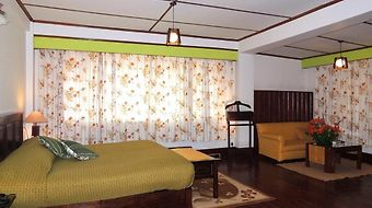 Royal Heritage-Tripura Castle photos Room