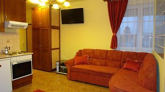 Holdlux Apartmanok photos Room