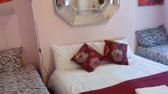 Priory Guest House photos Room