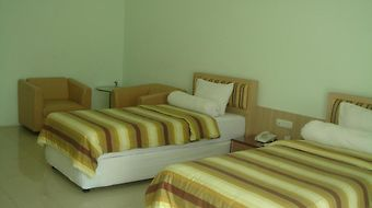 Golden Harvest Hotel photos Room