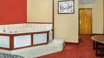 Days Inn Scranton Pa photos Facilities Hot Tub