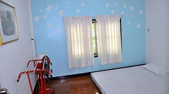Ss Backpackers photos Room