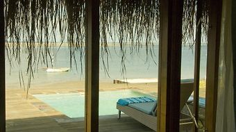 Dugong Beach Lodge photos Exterior Hotel information