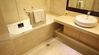 Rembrandt Towers Serviced Apartments photos Exterior Hotel information