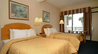Econo Lodge Inn & Suites Beach Front Central photos Room