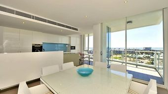 Quality Suites Crest Mandurah photos Room