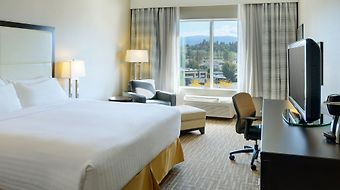 Holiday Inn Express Kelowna Conference Centre photos Room EXECUTIVE