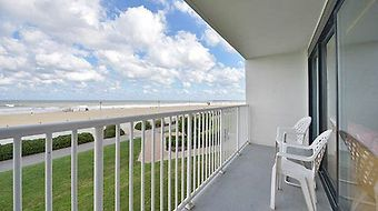 Comfort Inn & Suites Virginia Beach - Oceanfront photos Room balcony