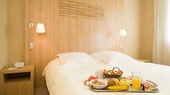Ibis Styles Cholet photos Room
