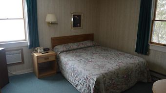 Maple Leaf Inn - Lake Placid photos Room